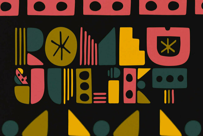 A Hand-Drawn Geometric Display Type From PintassilgoPrints: Soundstar