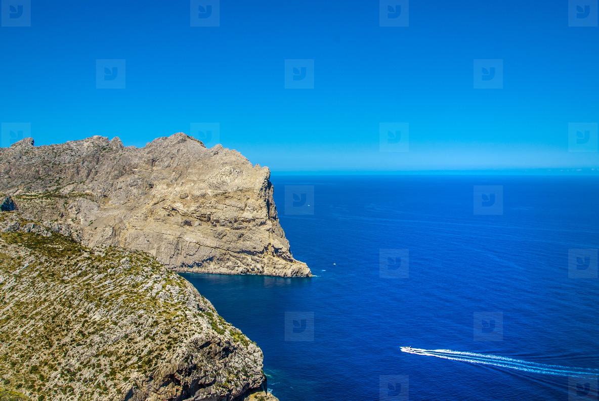 Summer view   ocean