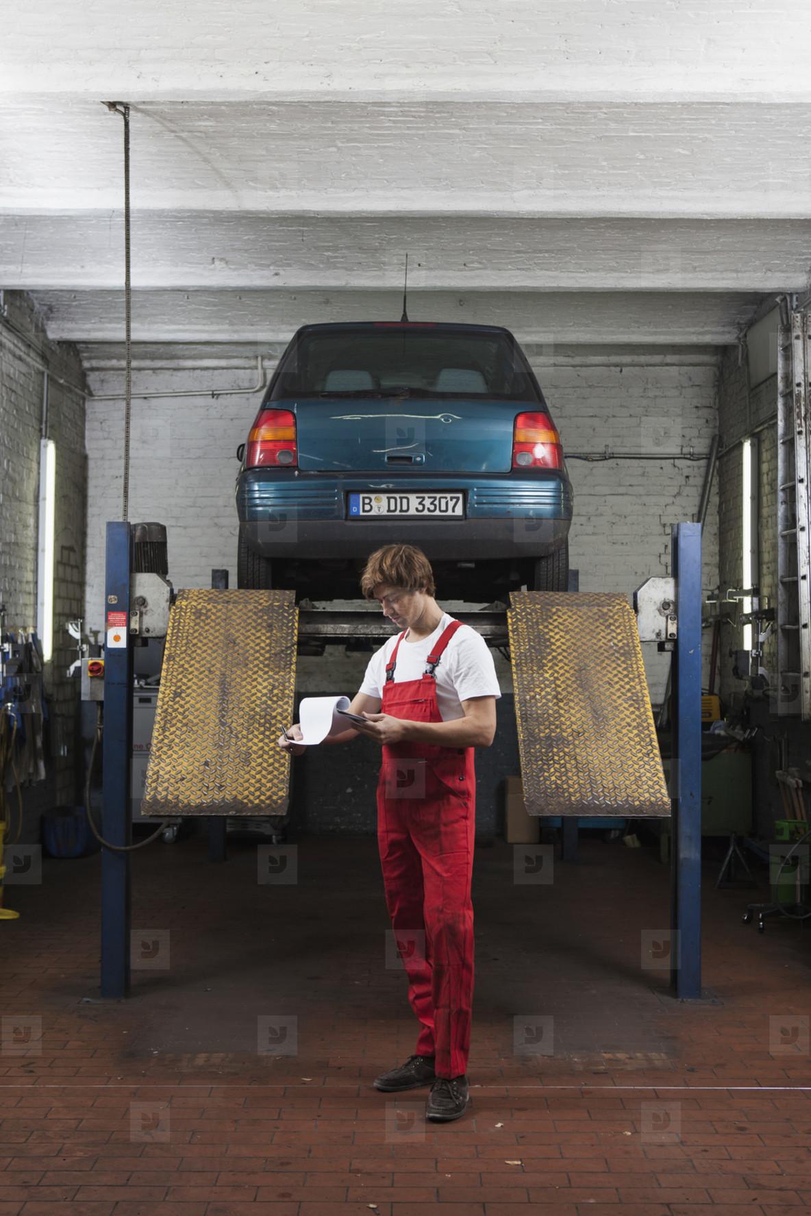 Auto Repair Shop  08