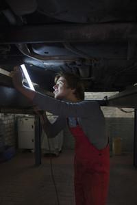 Auto Repair Shop 10