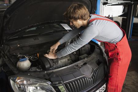 Auto Repair Shop  11