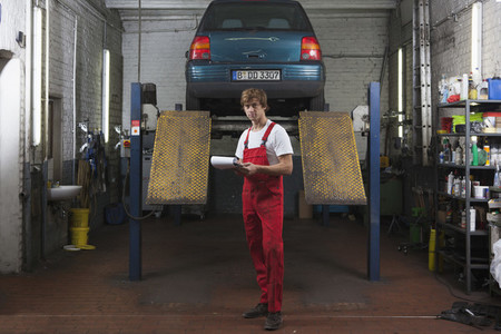 Auto Repair Shop  19