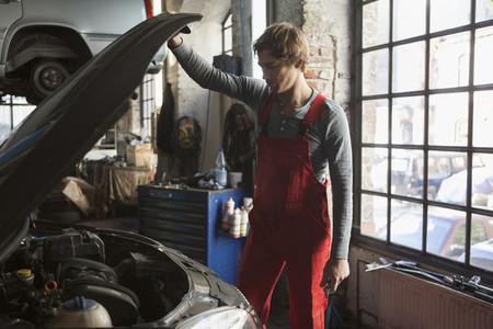 Auto Repair Shop  22