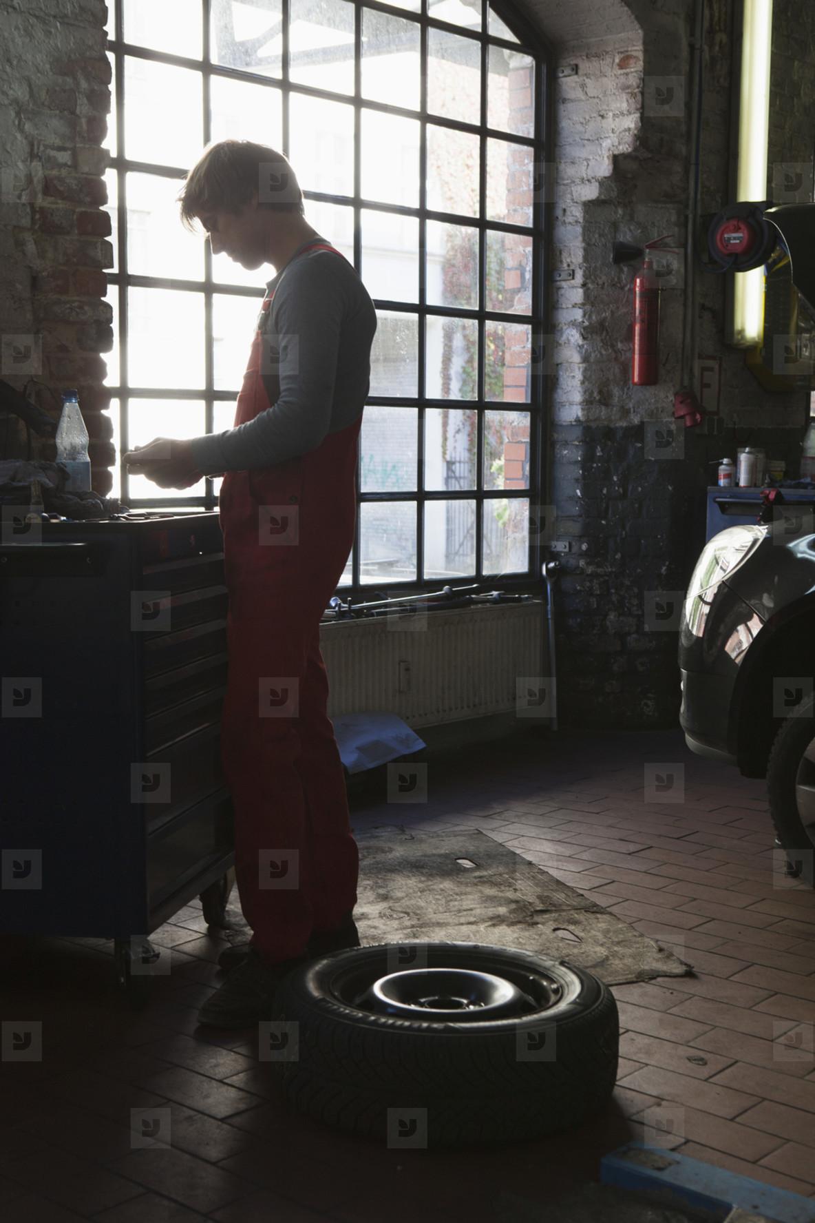 Auto Repair Shop  29