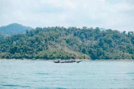 Cheow Lan Lake 01