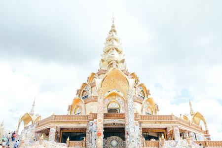 Wat Pha Sorn Kaew 01