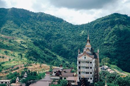 Wat Pha Sorn Kaew  02
