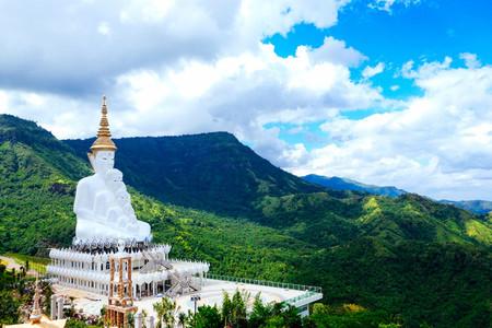 Wat Pha Sorn Kaew 03