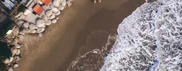Beach Couple   A Drone s View 1