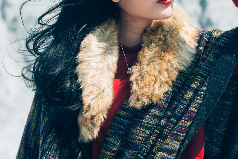 Young woman in a winter  01
