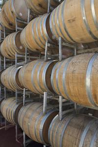 Vintage Wine 03