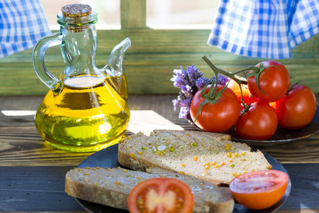 Bread with tomato and oil