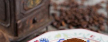 Egg custard with coffee