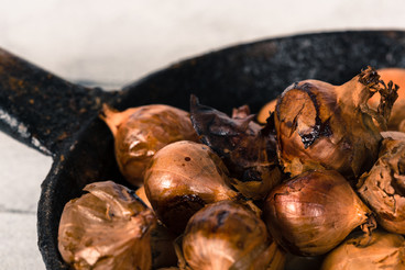 Small onions baked