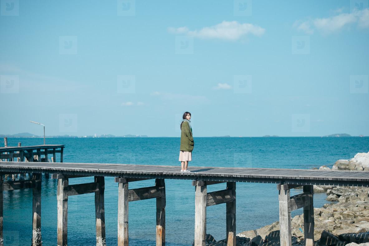 Asian girl on summer holidays 02