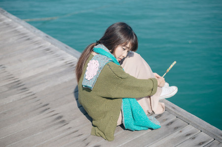 Asian girl on summer holidays 03