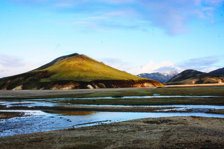 Beautiful Iceland mountain landscape with lake