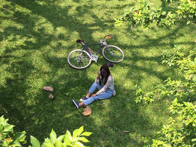 Young woman with a bike  04