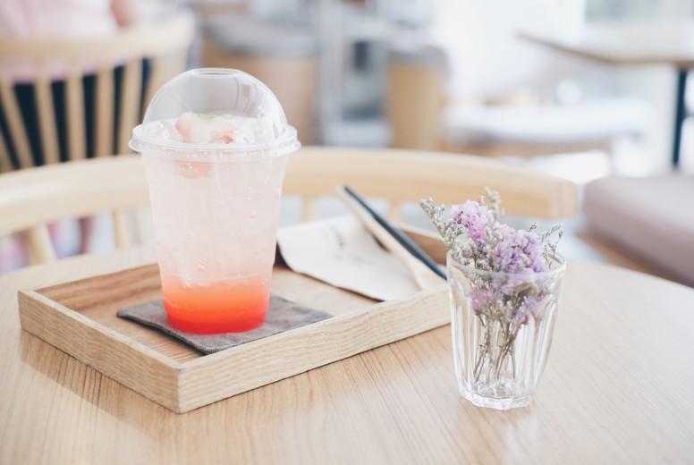 Bubble Gum Soda with strawberry