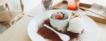 Strawberry brownie lava 2