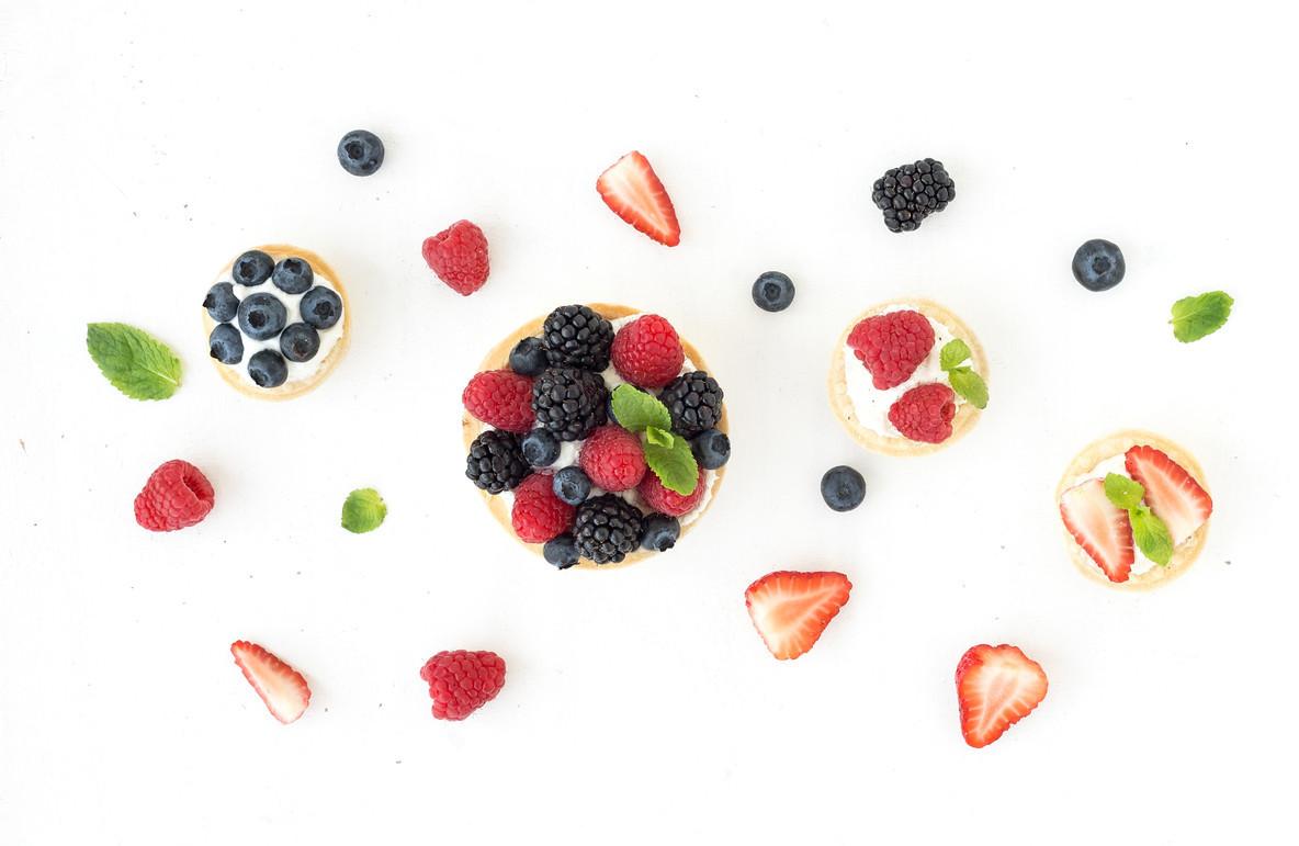 Ricotta tarts with fresh berries