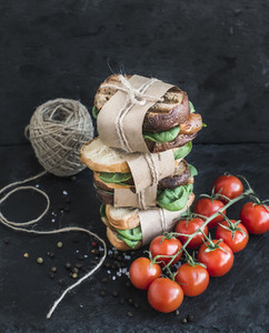 Cured chicken and spinack whole grain sandwich tower with spices