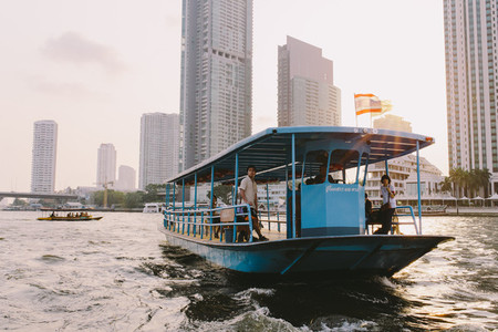 Transport boat