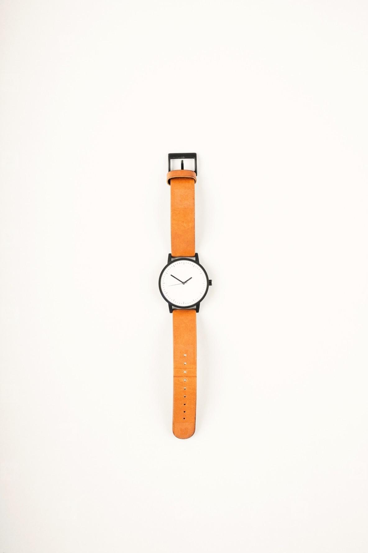 Modern mens wrist watch