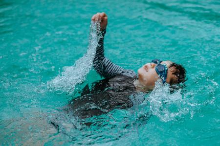 Swimming Motions 05