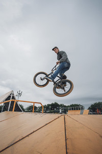 BMX Apex  01