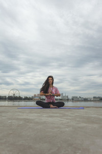 Yoga Promenade 07