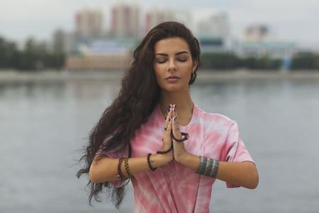 Yoga Promenade  12