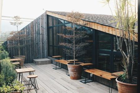 Hipster cafe