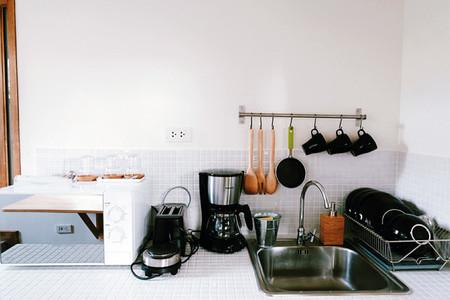 Modern Kitchen 01