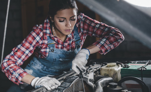 Young Female Mechanic 01