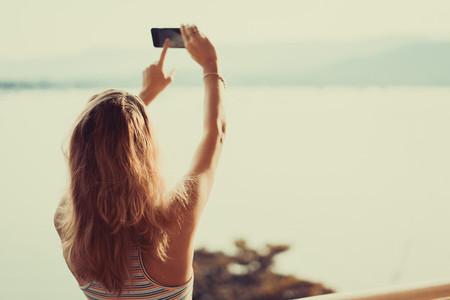 Girl make phono on smartphone