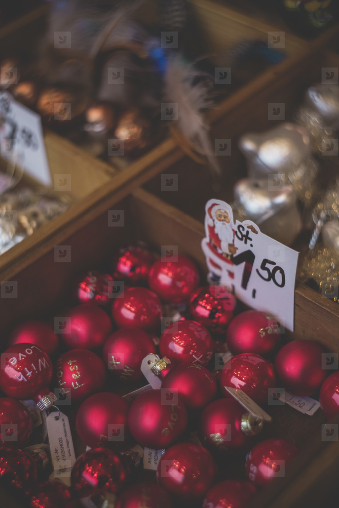 Christmasy Deo Items