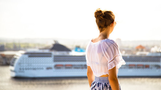 Looking for a cruise