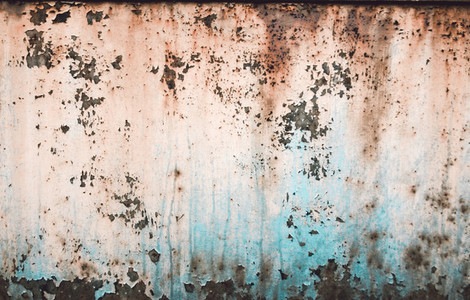 green rusty weathered garage doo