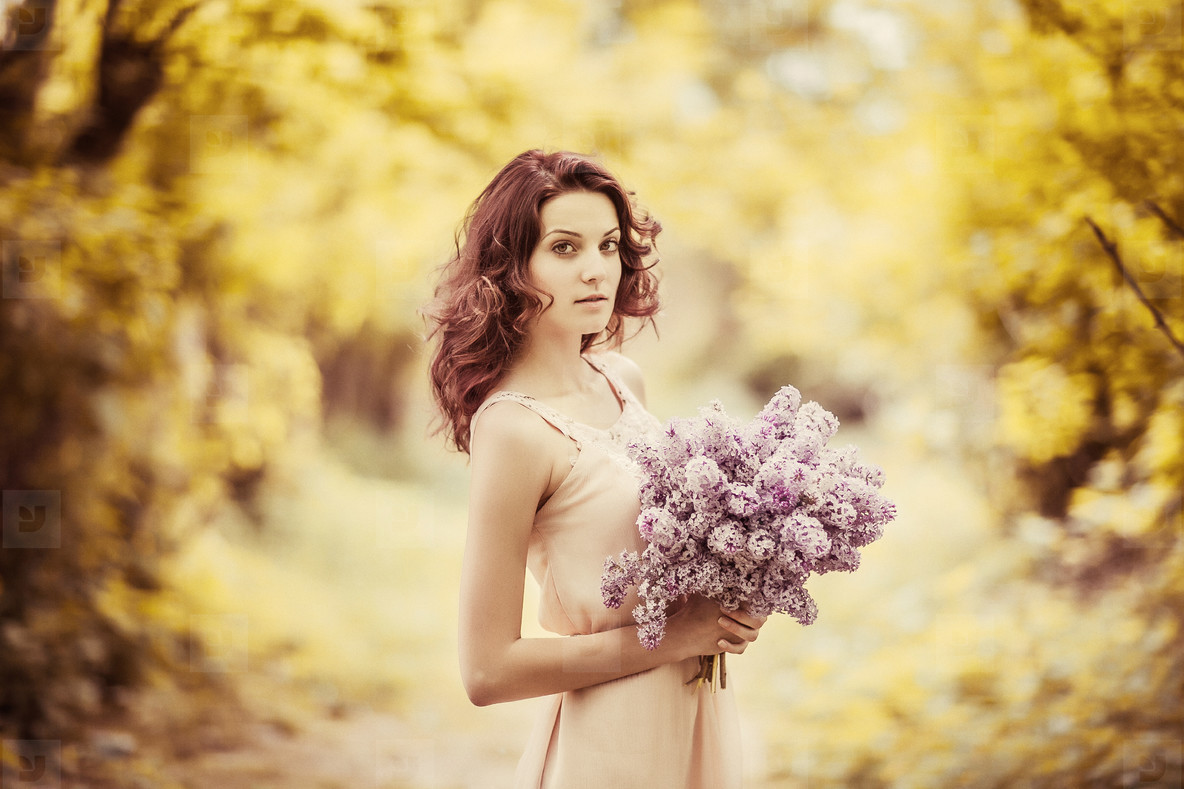 Photos pretty woman with flowers youworkforthem pretty woman with flowers izmirmasajfo