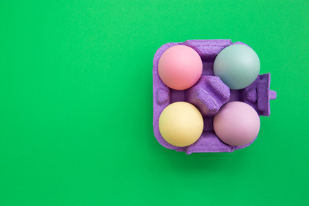 Color Easter eggs in box