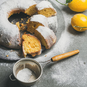 Homemade gluten free lemon bundt cake with sugar powder  square crop