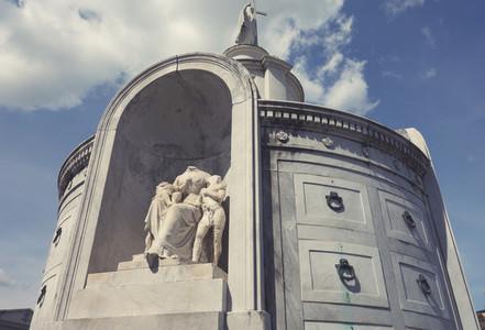 Statue and Vault St  Louis Cemet