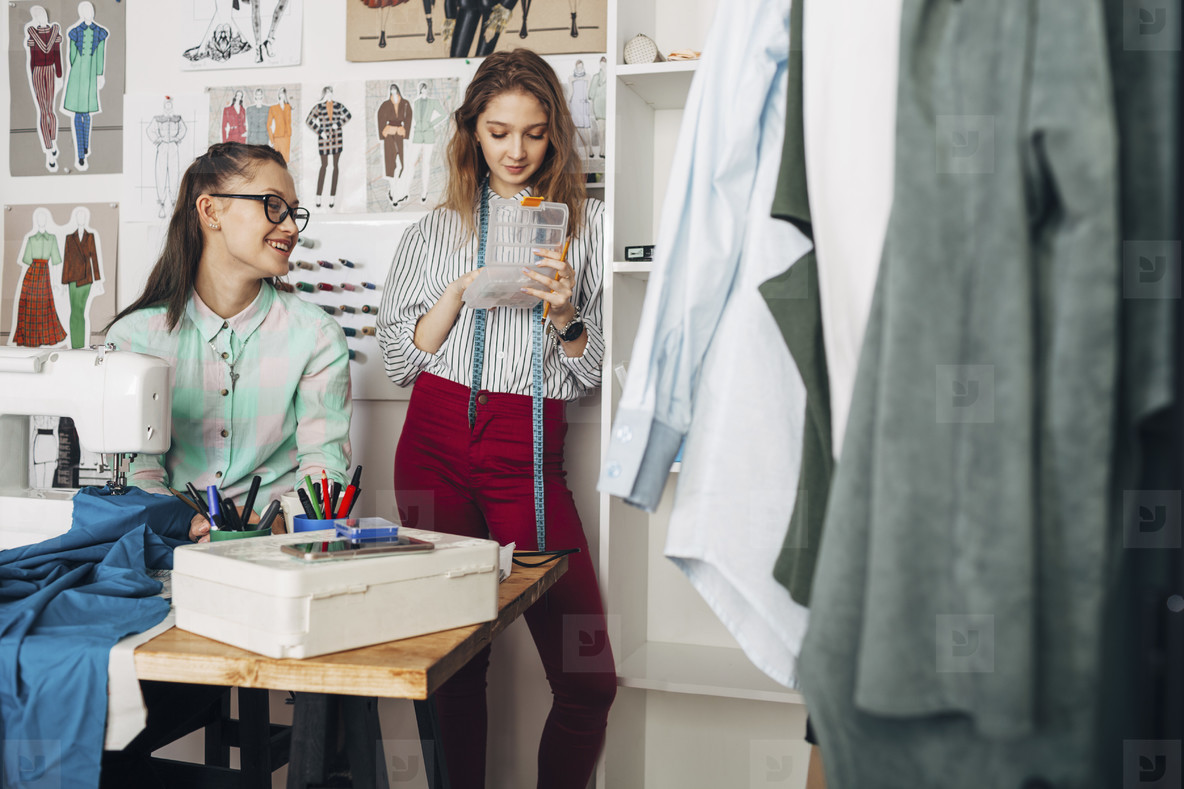 Fashion Design Studio  09