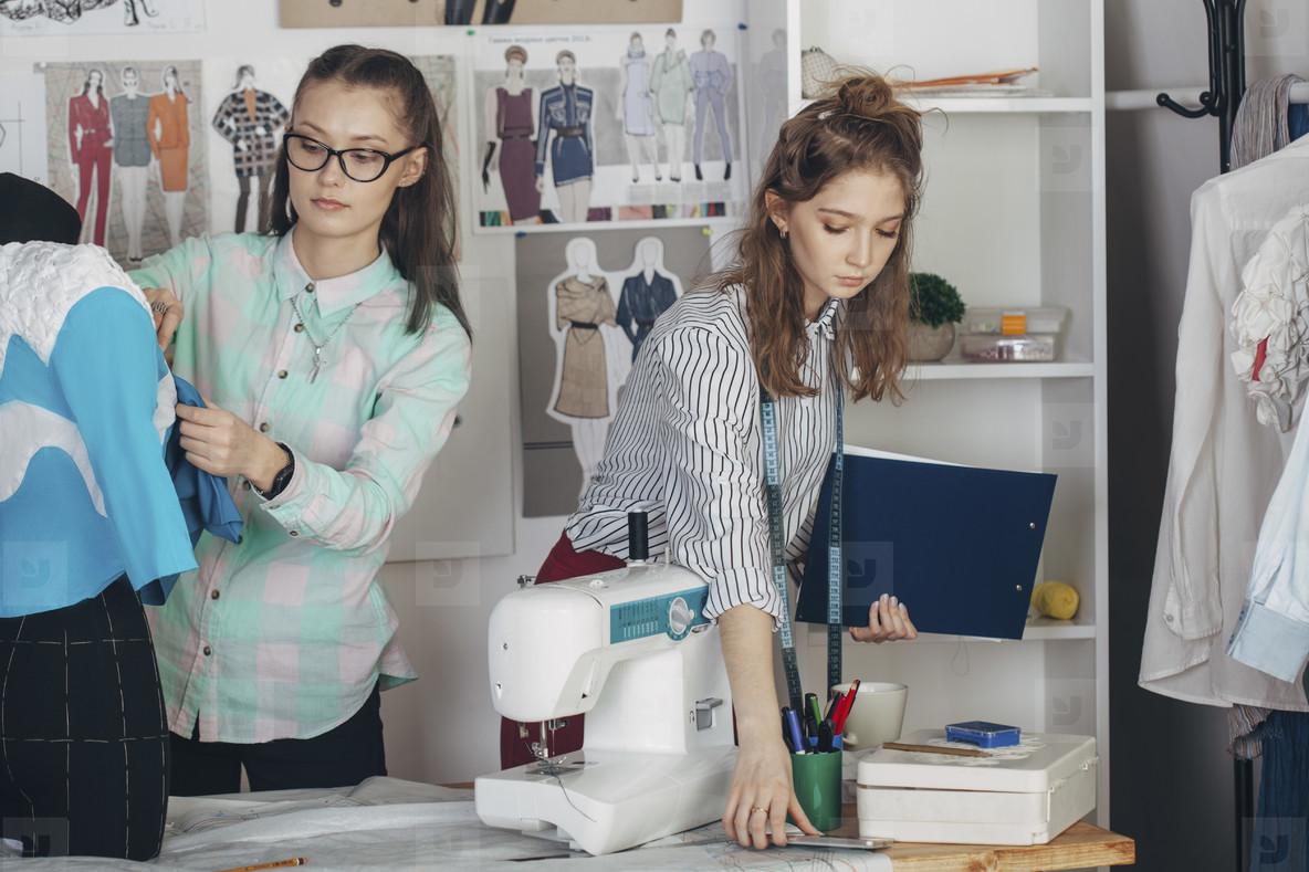Fashion Design Studio  18