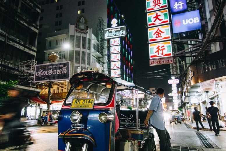 Tuk Tuk on Chinatown street