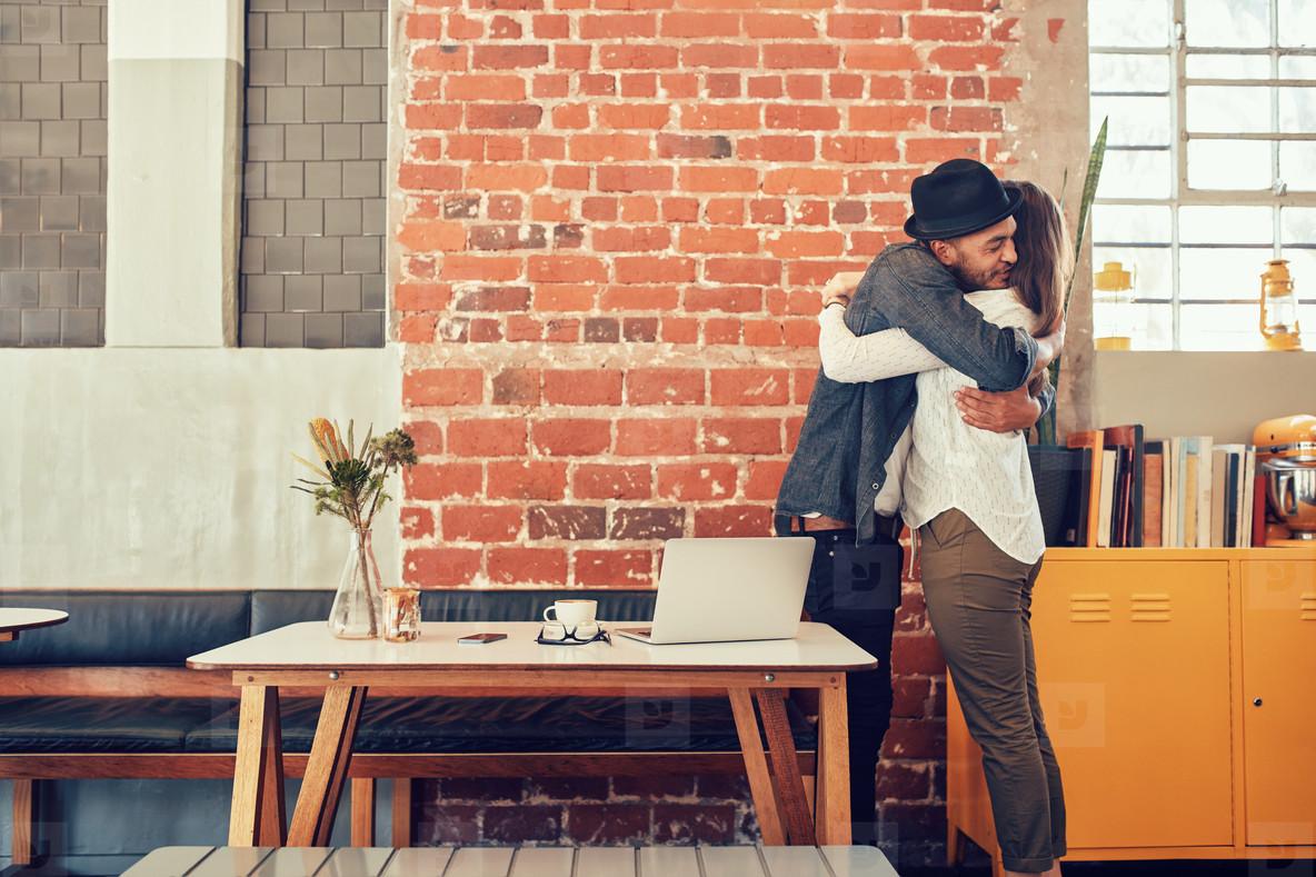 Photos - Couple greeting each oth... 121699 - YouWorkForThem