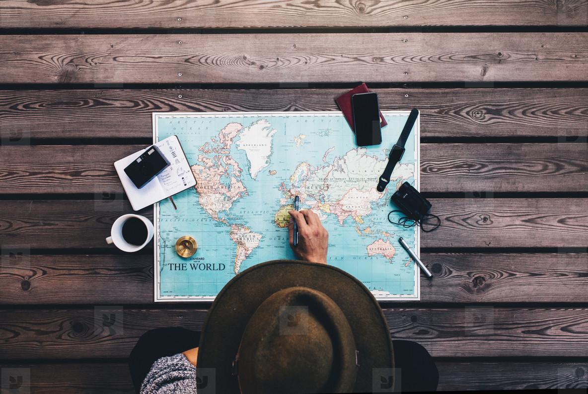 Tourist Planning vacation using world map