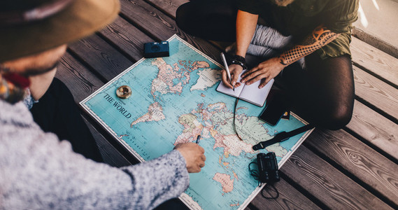 Tourist Planning vacation using world map