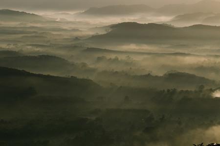 Morning mist mountain 02